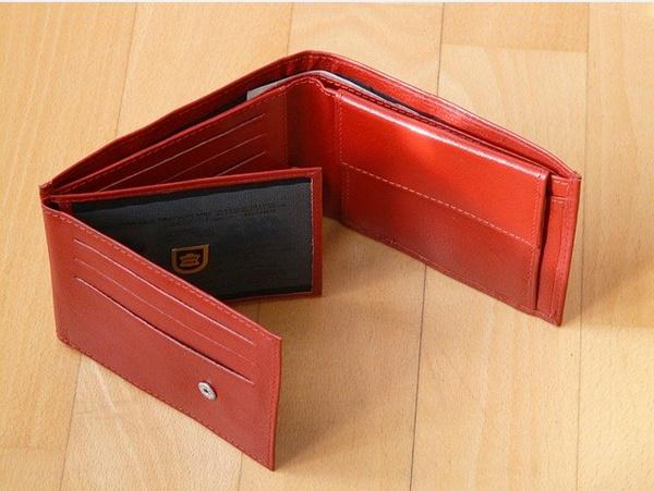 シュリンクレザー財布